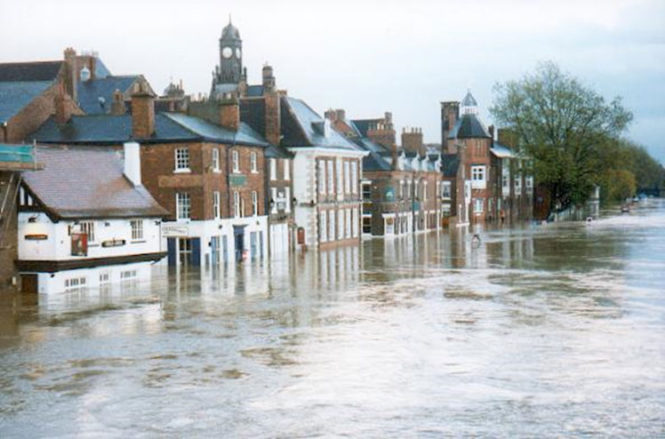 york-flood-2000